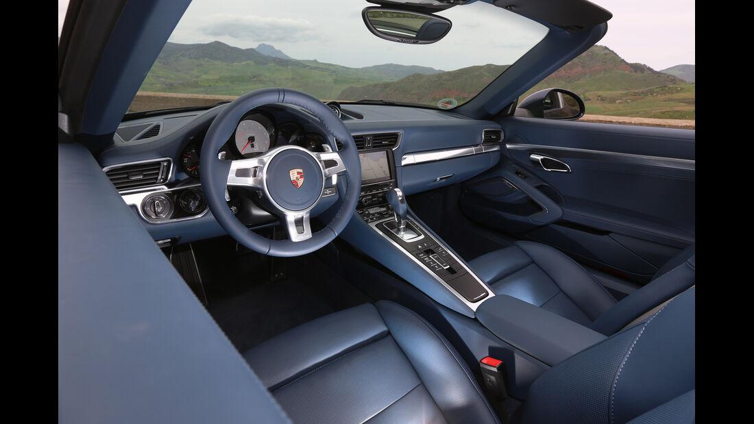 Porsche 911 Targa 4S, Cockpit