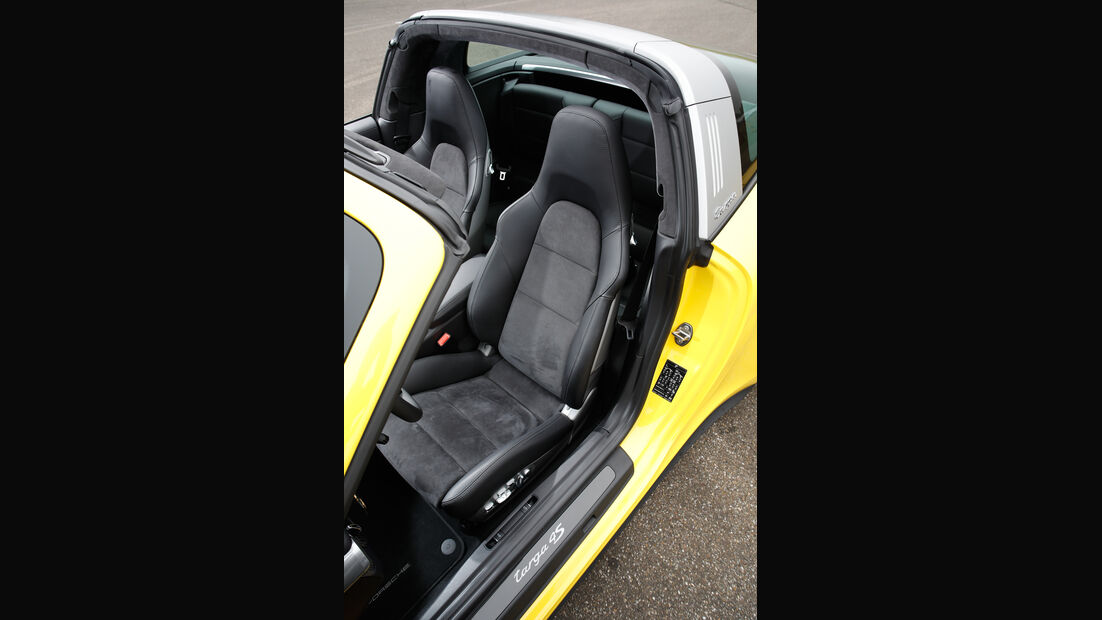 Porsche 911 Targa 4S, Fahrersitz