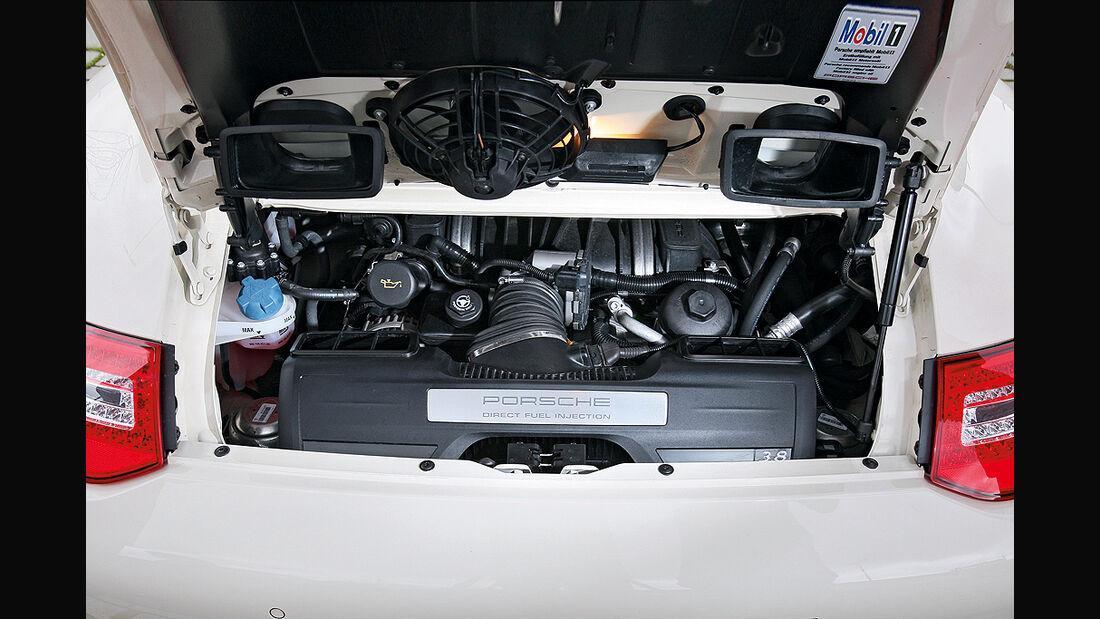 Porsche 911 Targa 4S, Motor