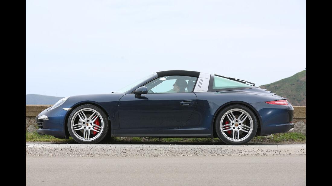 Porsche 911 Targa 4S, Seitenansicht, Verdeck öffnet