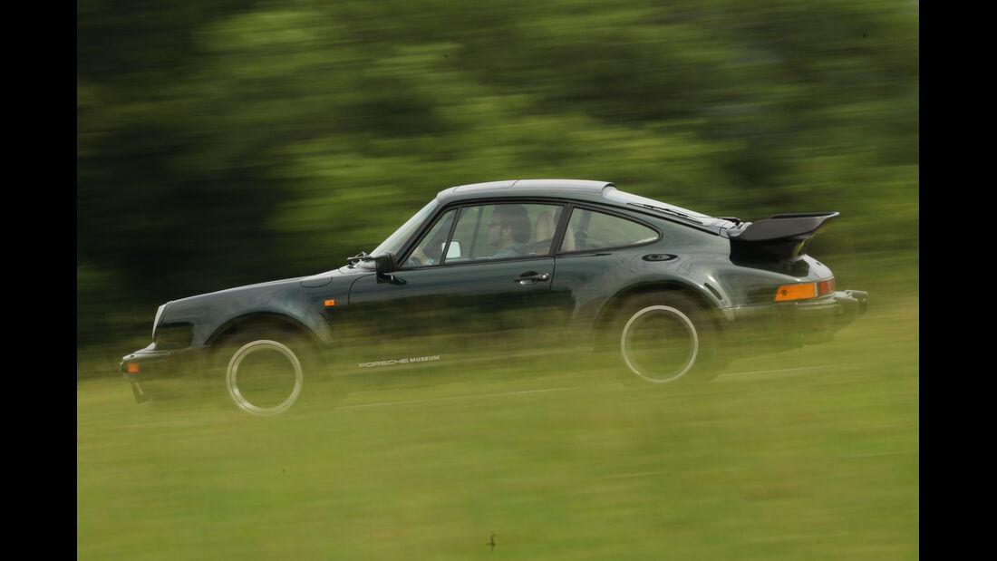 Porsche 911 Turbo 3.3, Seitenansicht
