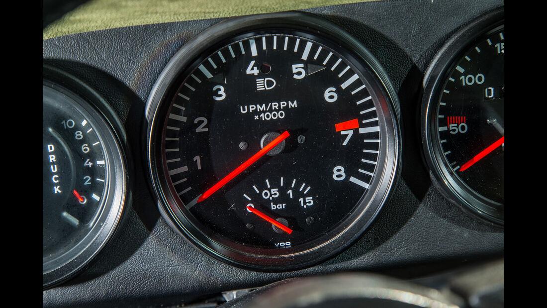 Porsche 911 Turbo (930), Rundinstrumente