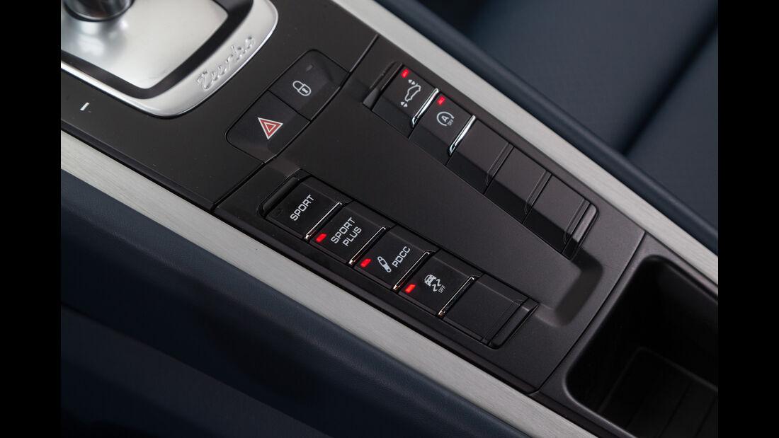 Porsche 911 Turbo, Bedienelemente