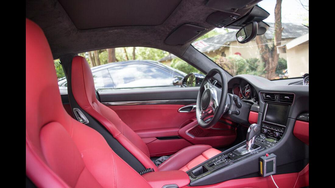 Porsche 911 Turbo, Cockpit, Innenraum