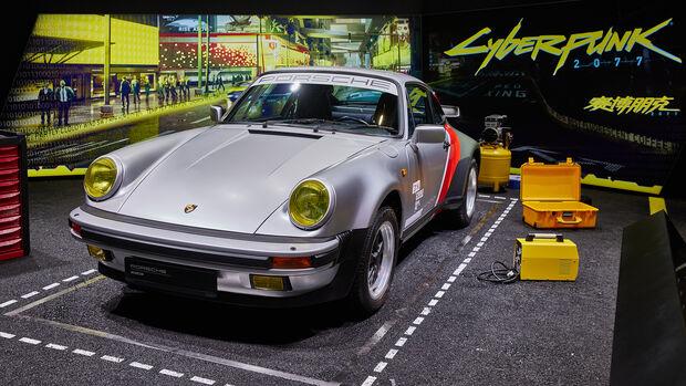 Porsche 911 Turbo Cyberpunkauf der Auto Shanghai 2021