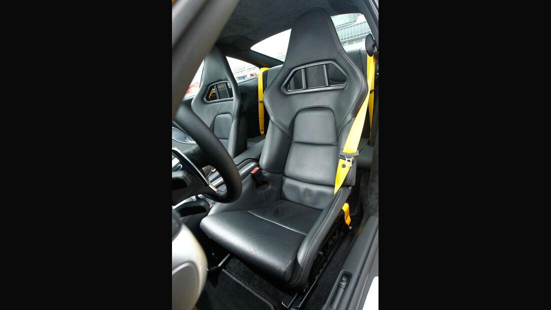 Porsche 911 Turbo, Fahrersitz