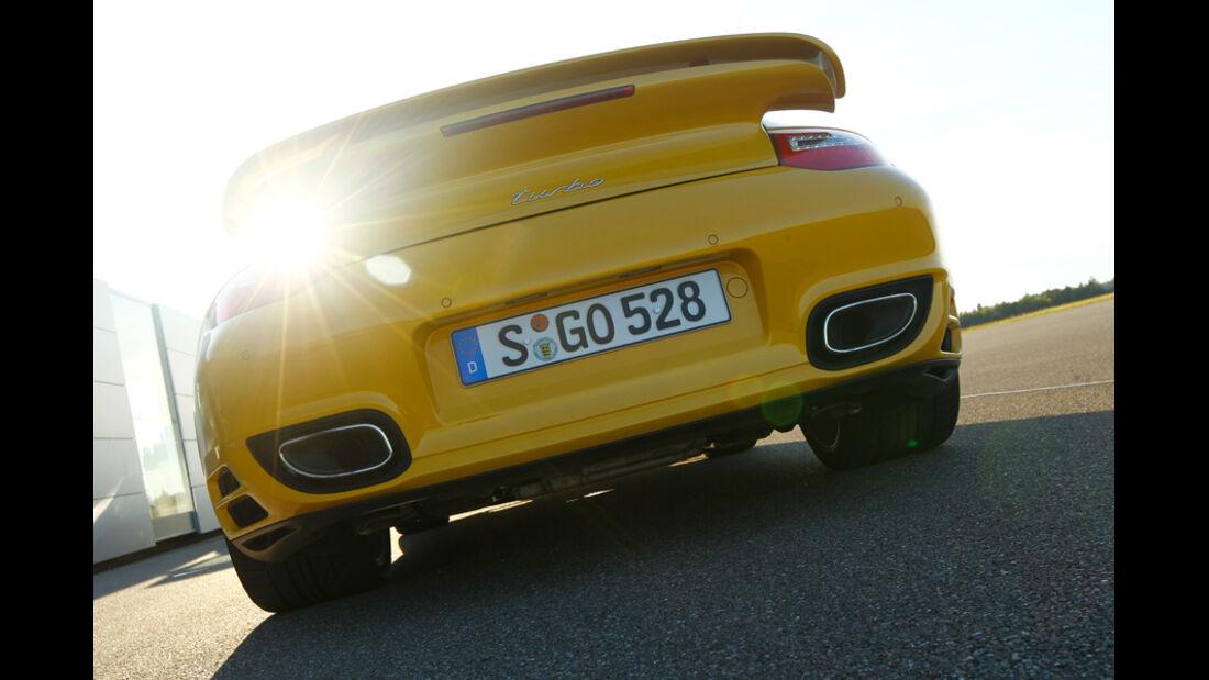 Porsche 911 Turbo, Heck