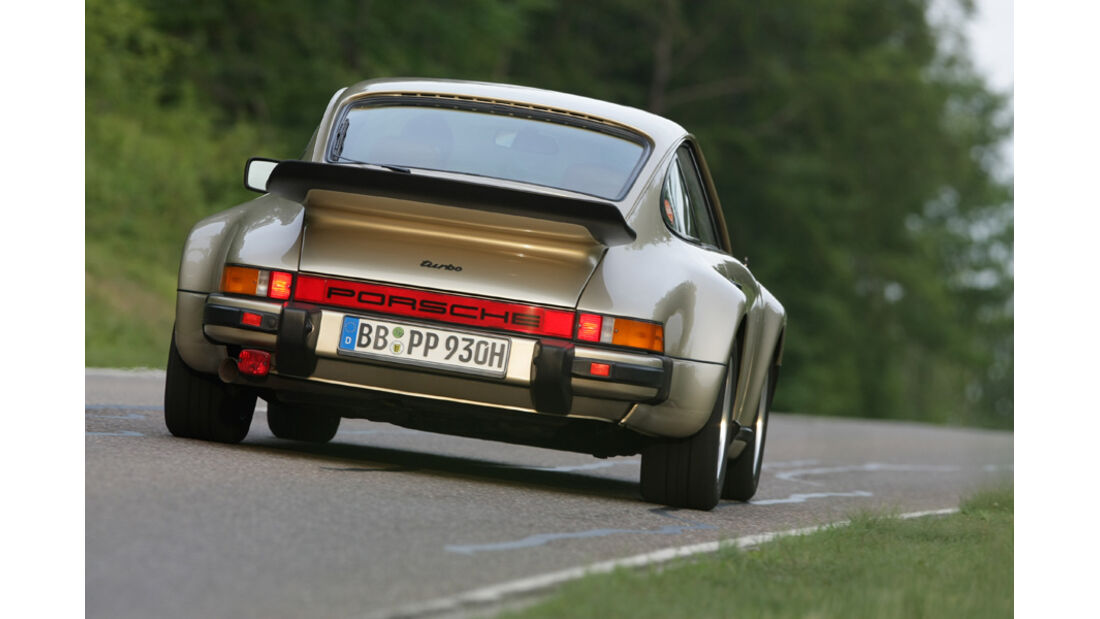 Porsche 911 Turbo, Rückansicht, Heck