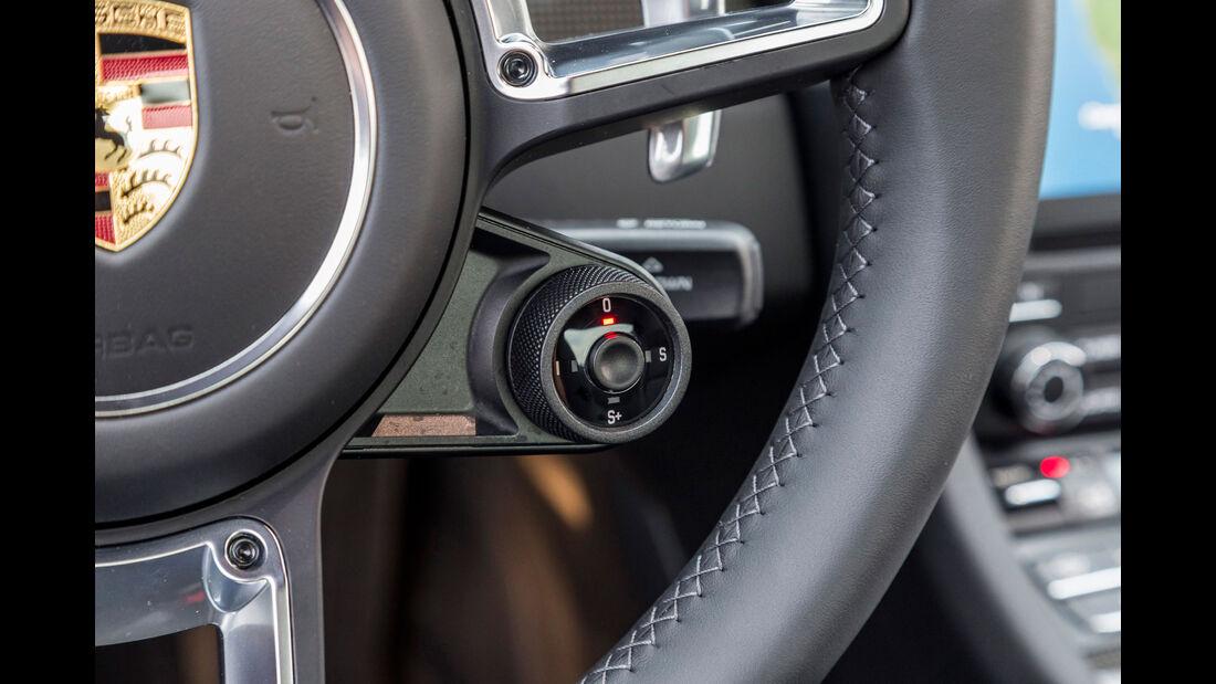 Porsche 911 Turbo S (991) - Sportwagen - Lenkrad - Innenraum