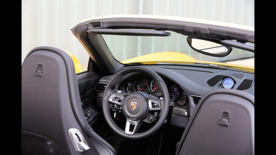 Porsche 911 Turbo S Cabriolet, MotorCockpit