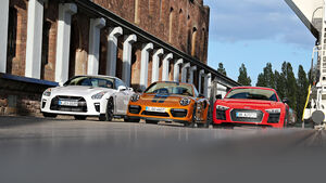 Porsche 911 Turbo S Exclusive 991 Audi R8 V10 Plus Nissan GT-R Test