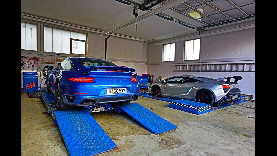 Porsche 911 Turbo S, Lamborghini Gallardo LP 570-4 Squadra Corse, Werkstatt