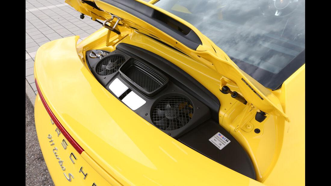 Porsche 911 Turbo S, Motorraum