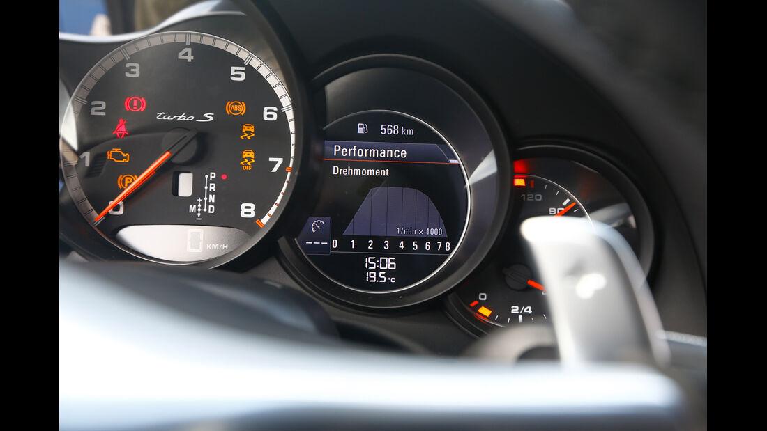 Porsche 911 Turbo S, Rundinstrument