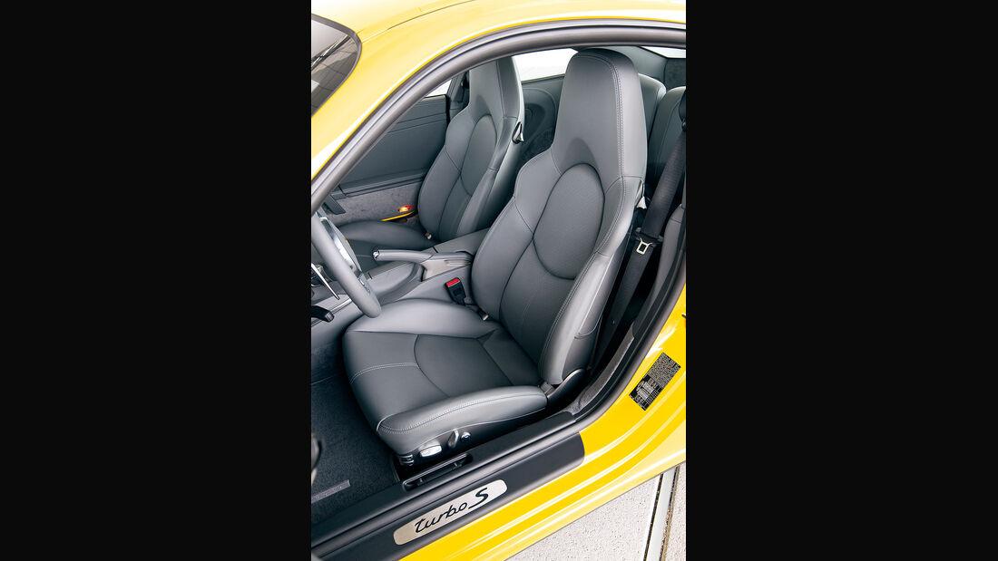 Porsche 911 Turbo S, Sitze