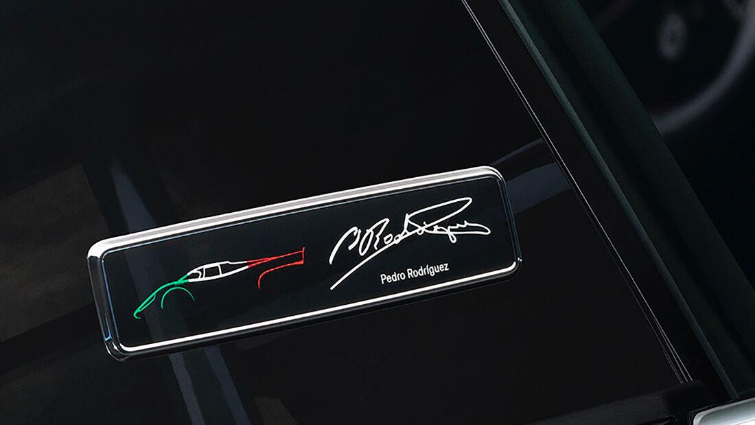 Porsche 911 Turbo S - Sondermodell - Pedro Rodriguez - 2021