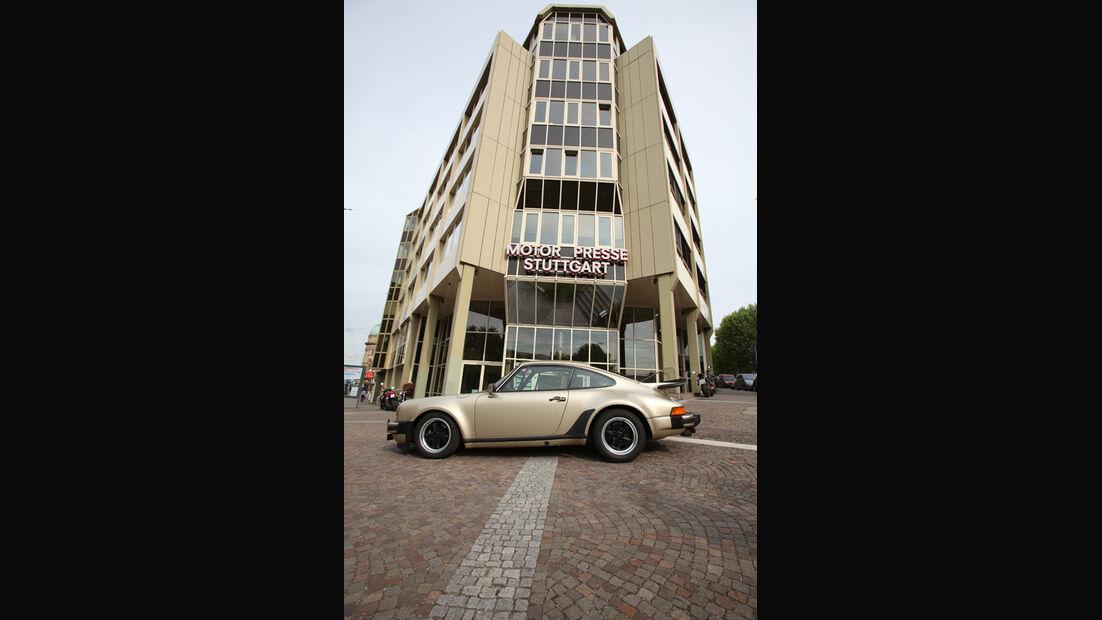 Porsche 911 Turbo, Seitenansicht, Motorpresse, Verlagshaus