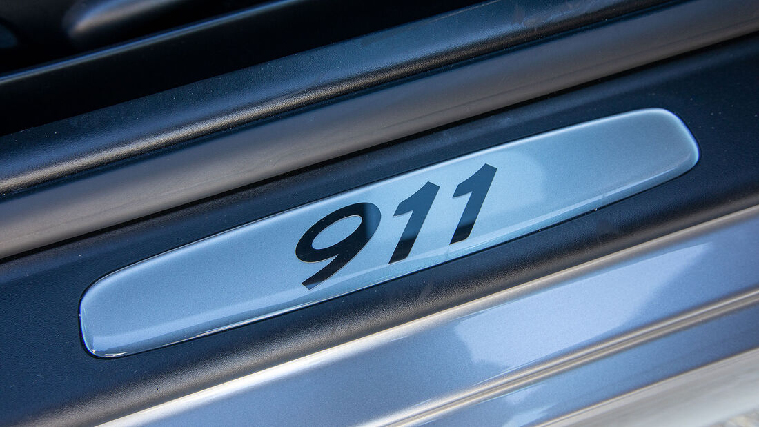 Porsche 911, Typ 996 (1997-2004), Fussleiste, Emblem