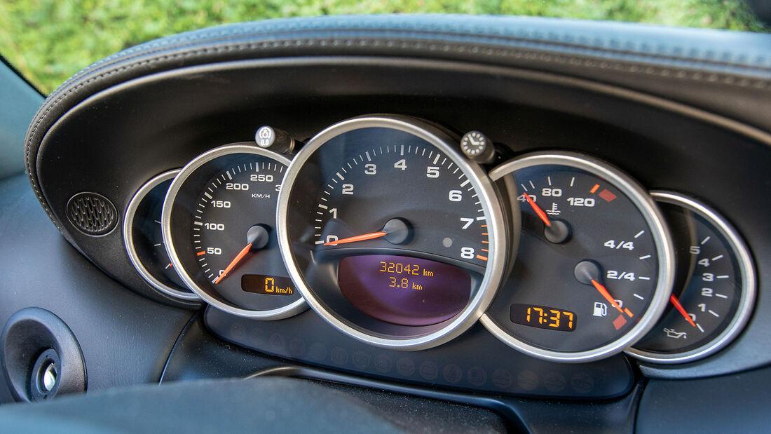 Porsche 911, Typ 996 (1997-2004), Tacho, Instrumente