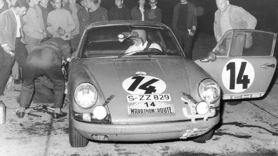 Porsche 911 - Vic Elford - Nürburgring 1967 - Marathon de la Route - 84-Stunden-Rennen