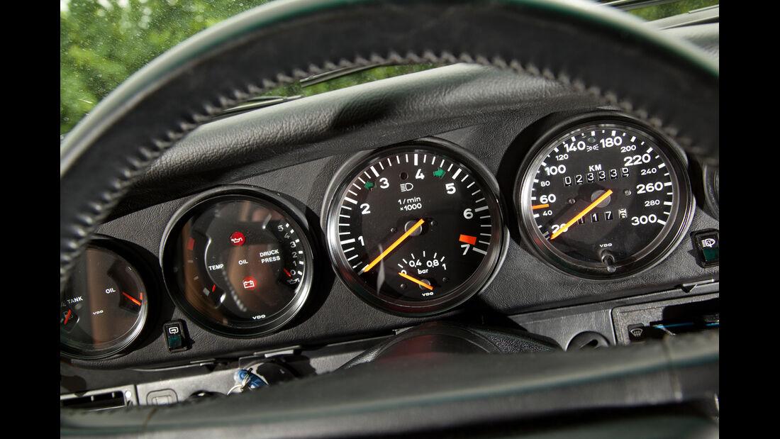 Porsche 911 turbo 3.3, Rundinstrumente