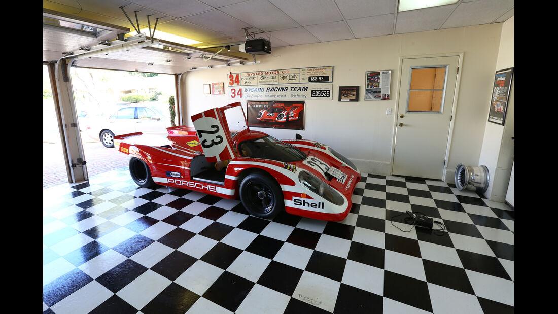 Porsche 917-Nachbau, Seitenansicht, Garage