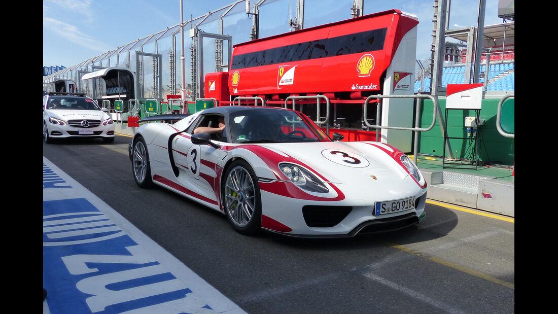 Porsche 918 - Formel 1 - GP Australien - Melbourne - 14. März 2015