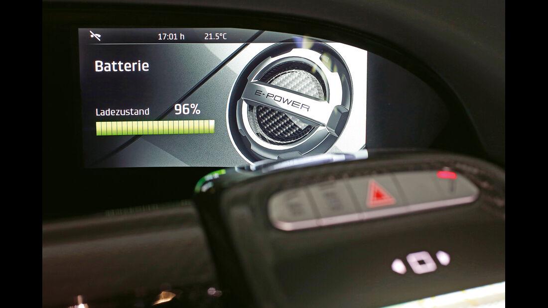 Porsche 918 Spyder, Anzeige, Batteriestand