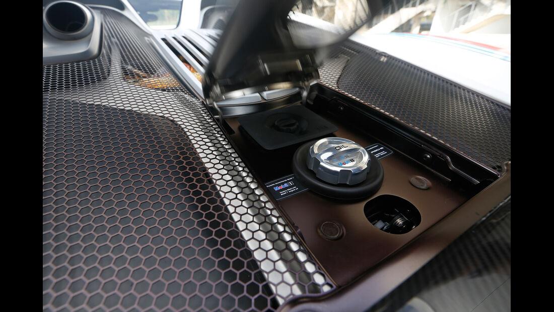 Porsche 918 Spyder, Bedienelement