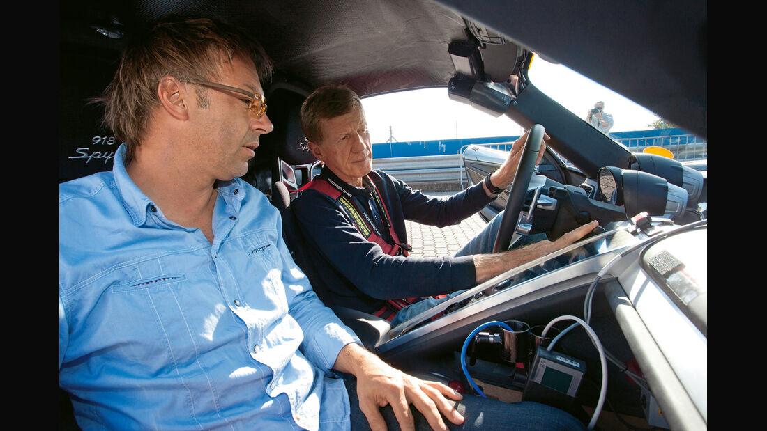 Porsche 918 Spyder, Cockpit, Walter Röhrl