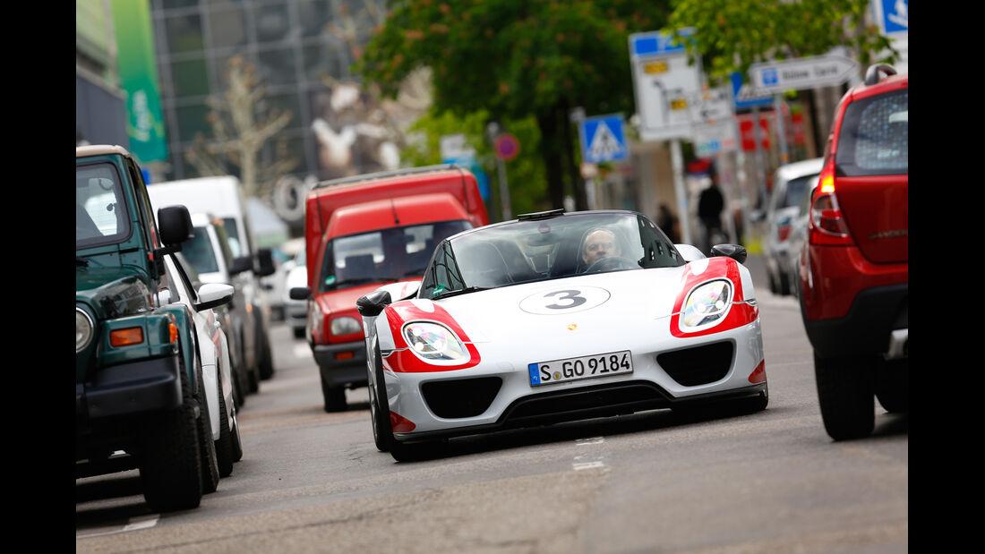 Porsche 918 Spyder, Frontansicht, Stadt