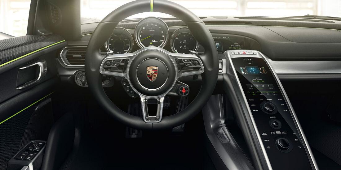 Porsche 918 Spyder - Lenkrad - Innenraum