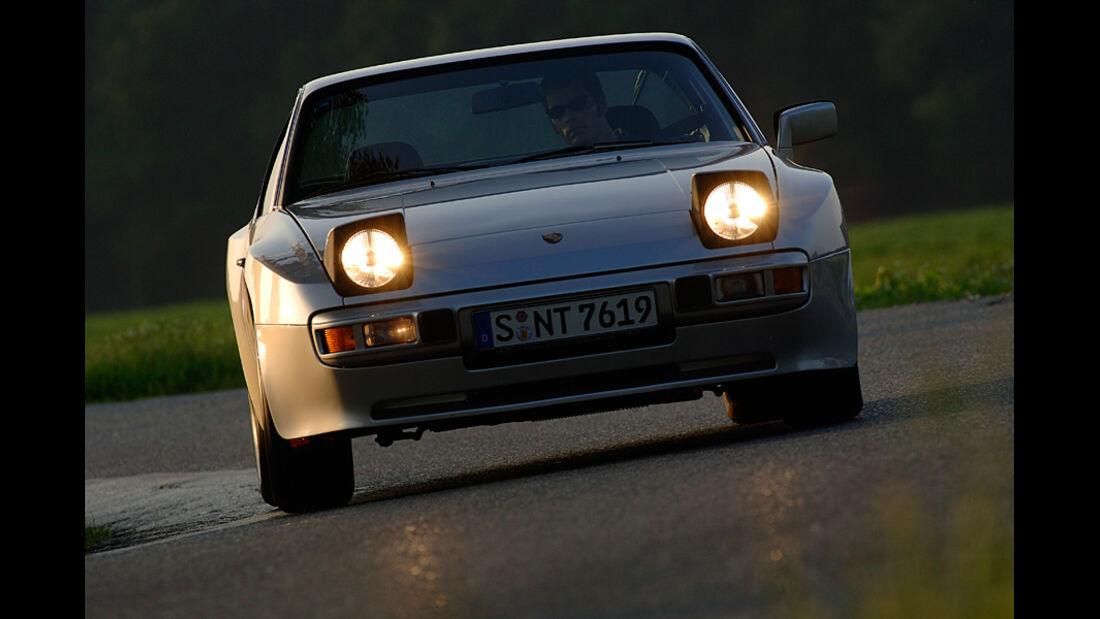 Porsche 924, Front