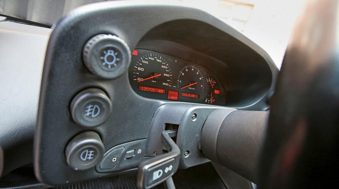Porsche 928 GT, Bedienelemente