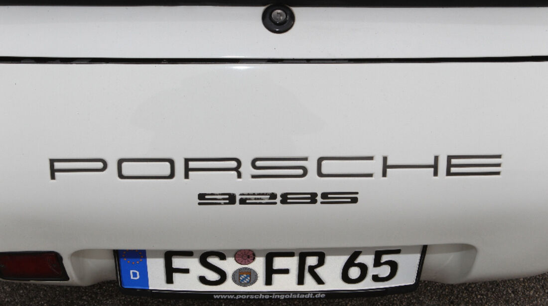 Porsche 928 S, 1983, Logo, Heck, Detail