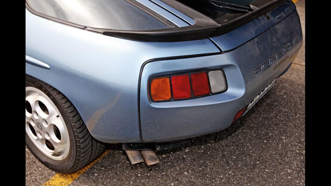 Porsche 928 S, Heck, Endrohre
