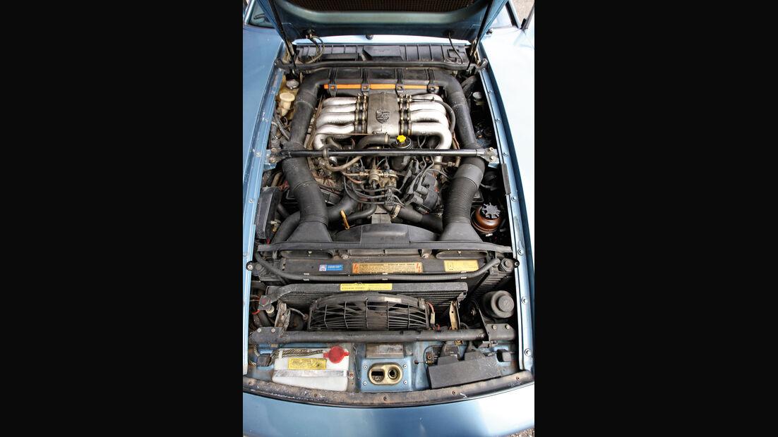 Porsche 928 S, Motor