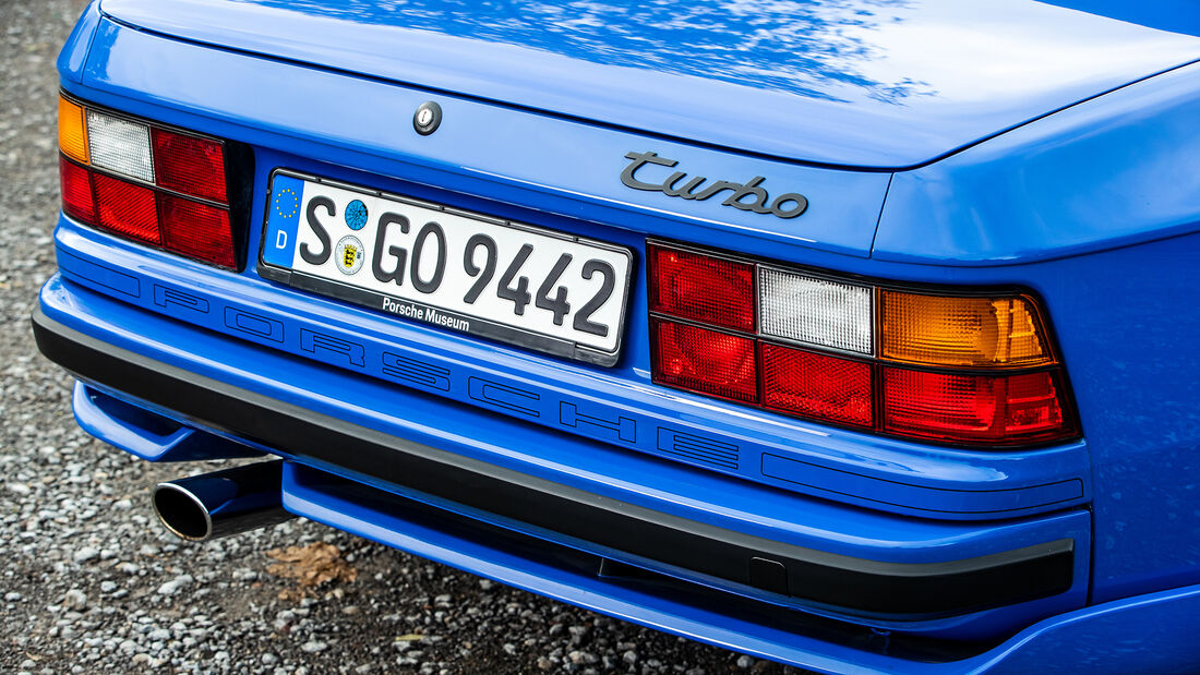 Porsche 944, Heck