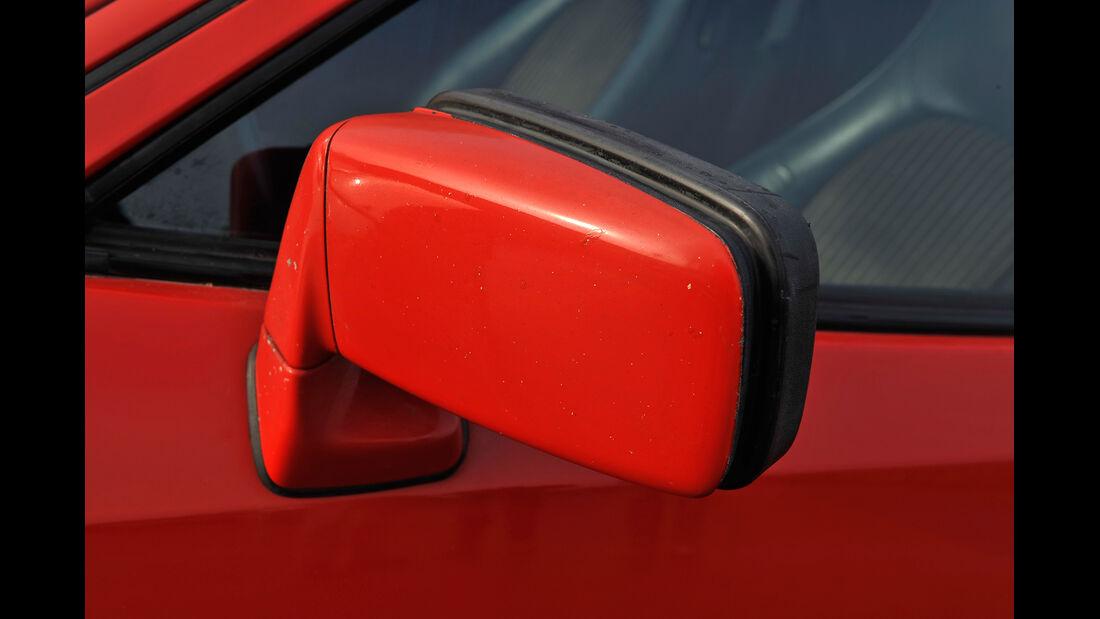 Porsche 944, Seitenspiegel
