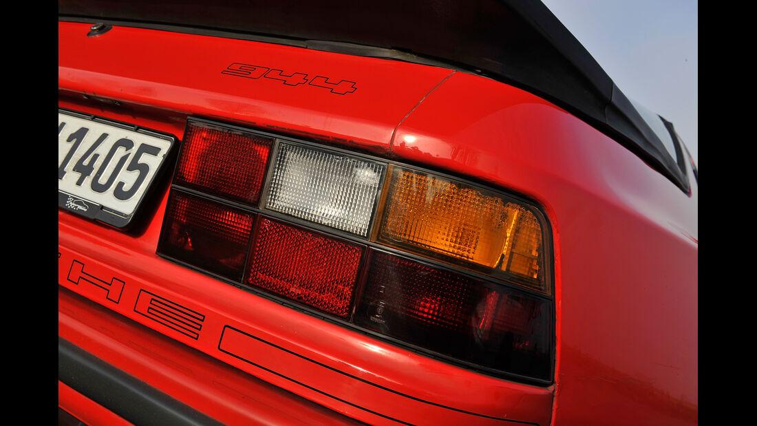 Porsche 944, Typenbezeichnung