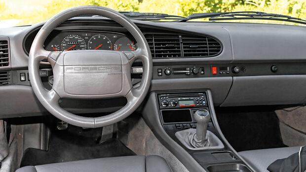 Porsche 968, Cockpit