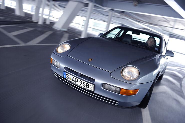 Porsche 968, Front