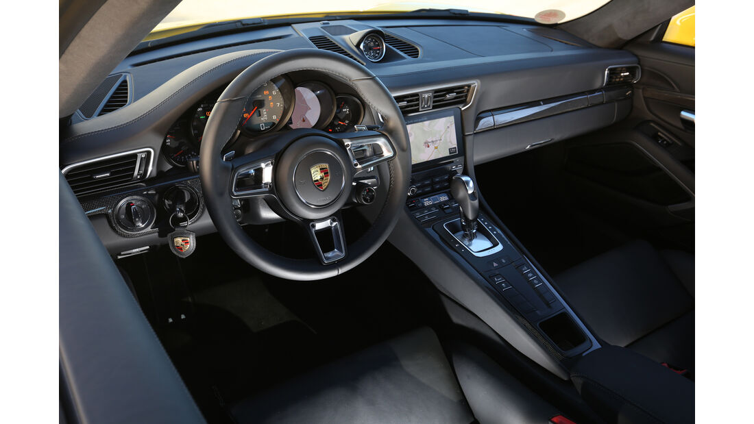 Porsche 991 Carrera S, Cockpit