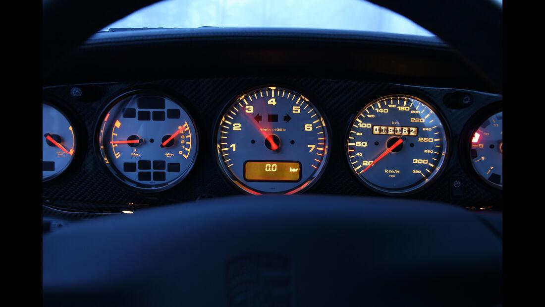 Porsche 993 Turbo, Rundinstrumente