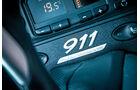 Porsche 996, Schriftzug