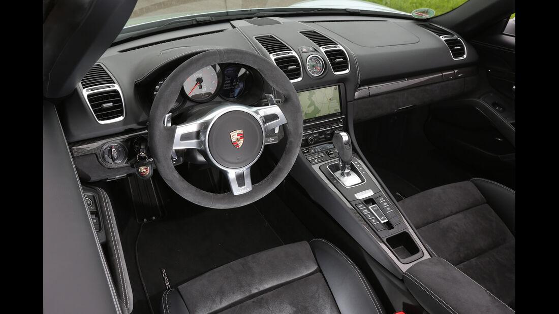Porsche Boxster GTS, Cockpit