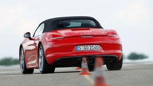 Porsche Boxster S, Heckansicht, Slalom