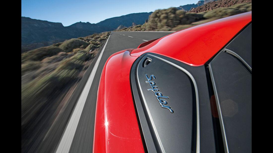 Porsche Boxster Spyder, Seitenführung