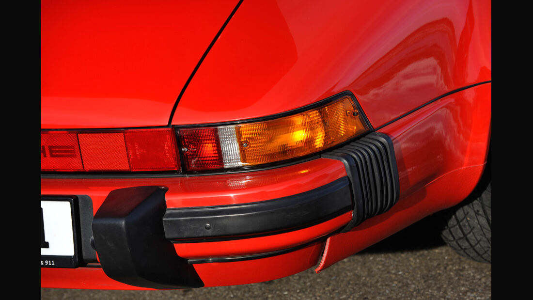 Porsche Carrera 3.2, Rücklichter