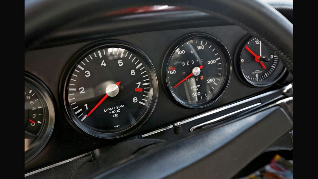 Porsche Carrera RS 2.7, Rundinstrumente